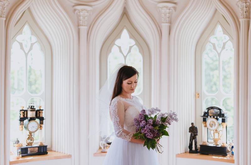 Sesja ślubna W Pałacu Naturalne Sesje Plenerowe W Siedlcach